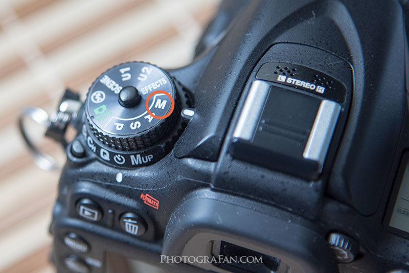 カメラをマニュアルモードにする