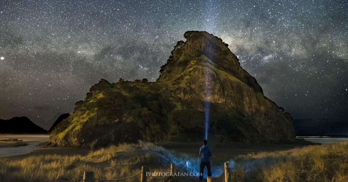 ニュージーランドでは天の川が水平になる