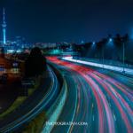 車のライトの光跡の撮影方法!長時間露光で仕上げる夜景写真テクニック