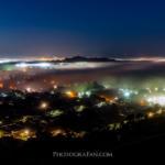 霧で発生したオークランドの雲海と夜景のコラボが絶景すぎる